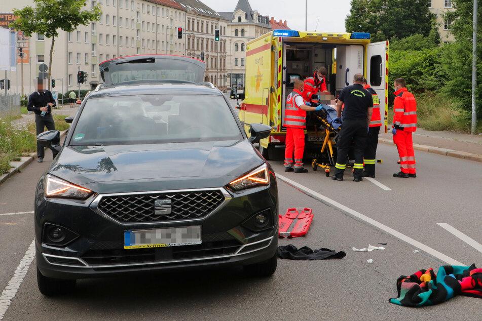 Schwerer Unfall in Chemnitz: Junge (10) von Seat erfasst und schwer verletzt