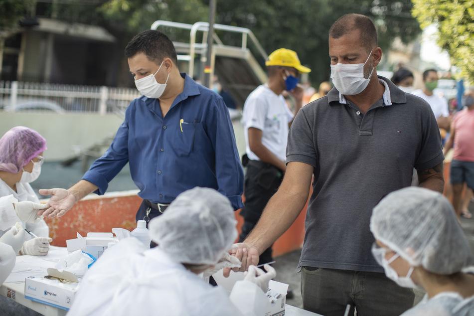 In Brasilien sind schon viele Menschen an Corona erkrankt oder in Folge dessen gestorben.