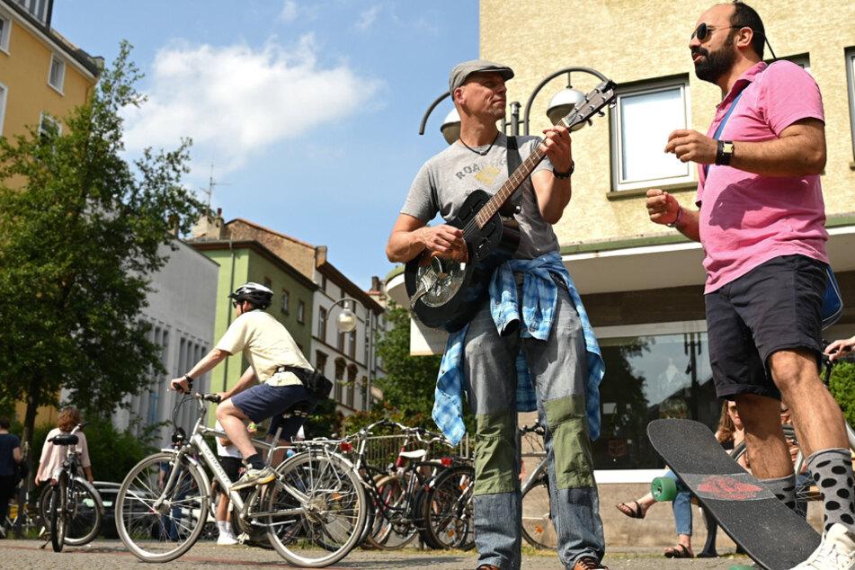 Musik auf großen Freiflächen bieten einen ersten Ansatz für kreative Lösungen. (Symbolbild)