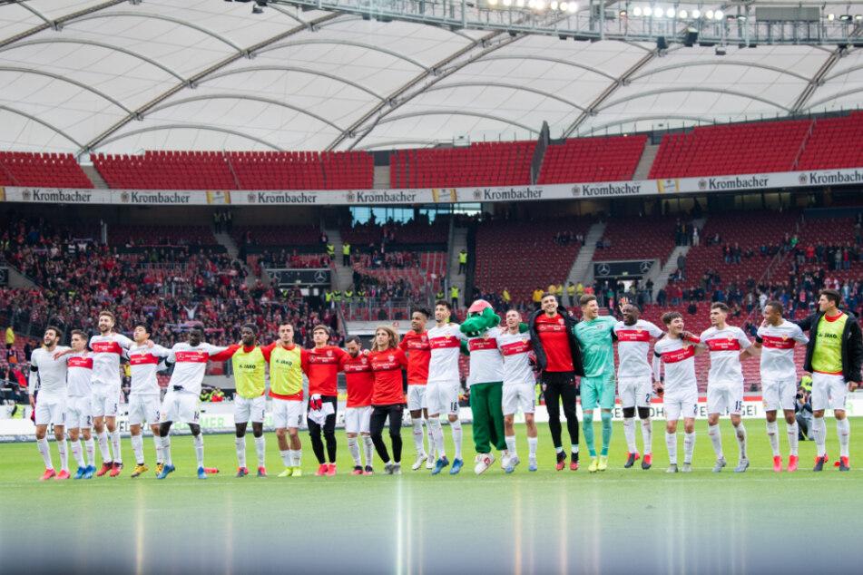 Die Mannschaft des VfB Stuttgart beim letzten Heimspiel gegen Jahn Regensburg.