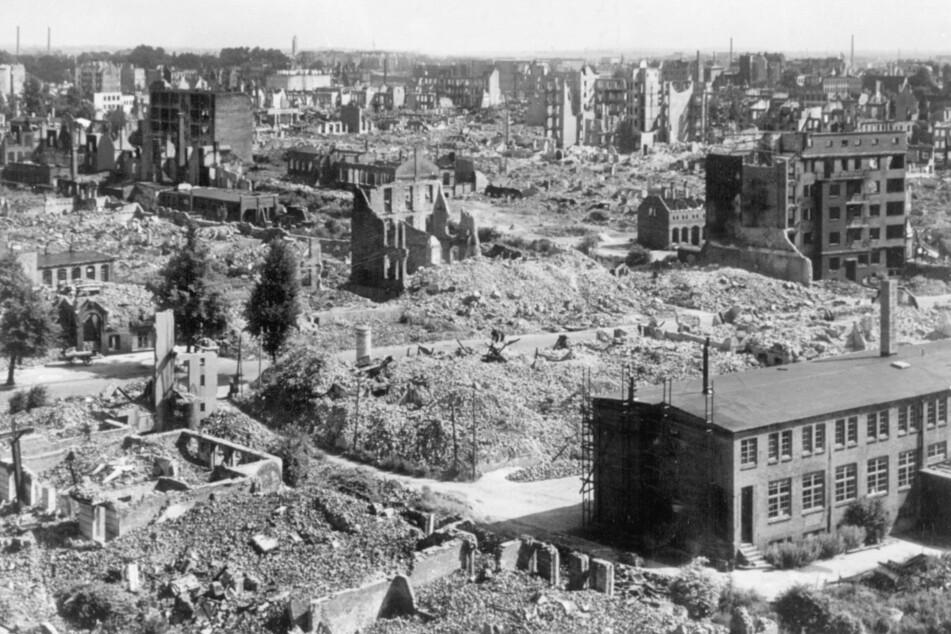 Hamburg wurde im Zweiten Weltkrieg in weiten Teilen durch Bomben der Alliierten zerstört. (Archivbild)