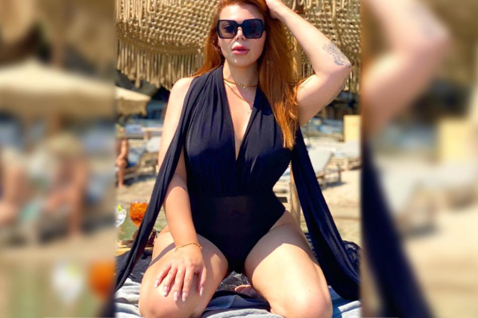 Mademoiselle Nicolette mach aktuell Urlaub auf der griechischen Mittelmeerinsel Rhodos.