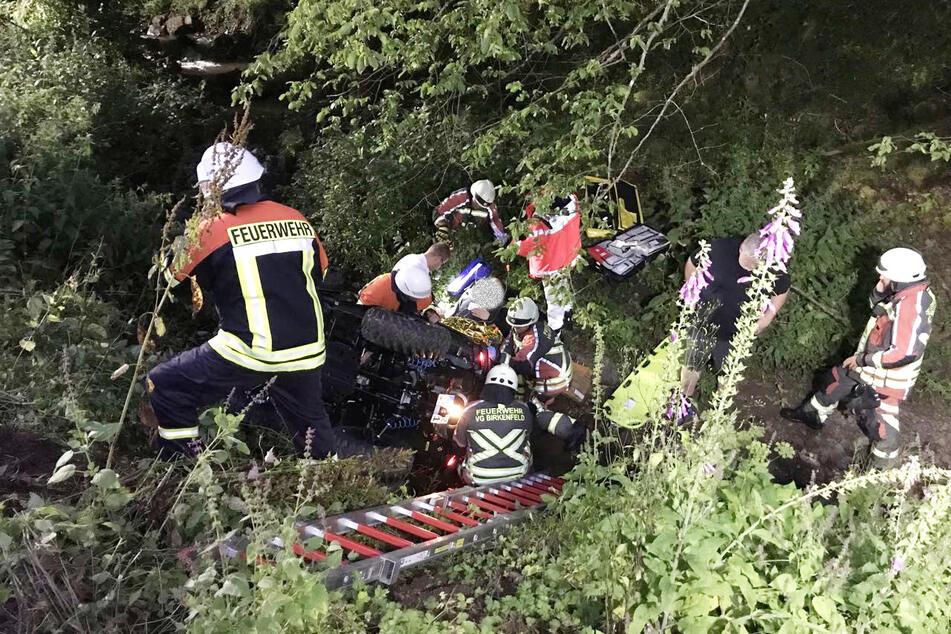 Die Bergung des verunglückten Quad-Fahrers gestaltete sich aufgrund der Beschaffenheit des Geländes aus äußerst schwierig.