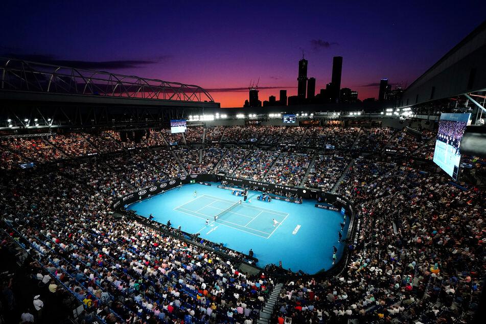 Im Februar 2020 waren die Stadien bei den Australien Open gut gefüllt. Ab dem 8. Februar 2021 dürfen täglich bis zu 30.000 Menschen zusehen.