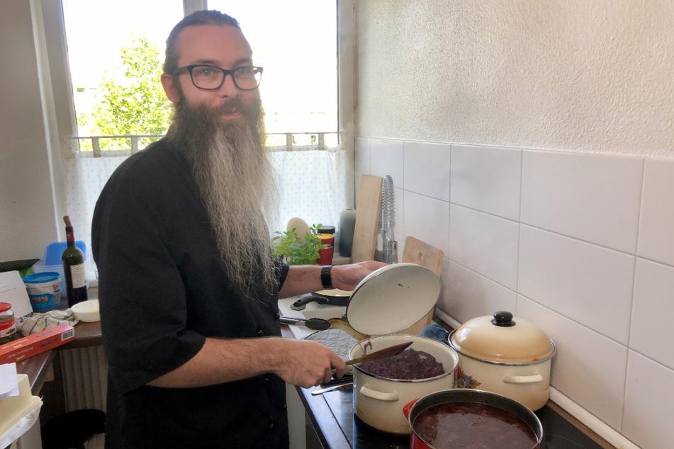 Marcus (37) servierte seinen Konkurrenten ganz klassische Rinderrouladen mit Herzoginkartoffeln und Rotkohl. Alles selbst gemacht, versteht sich.