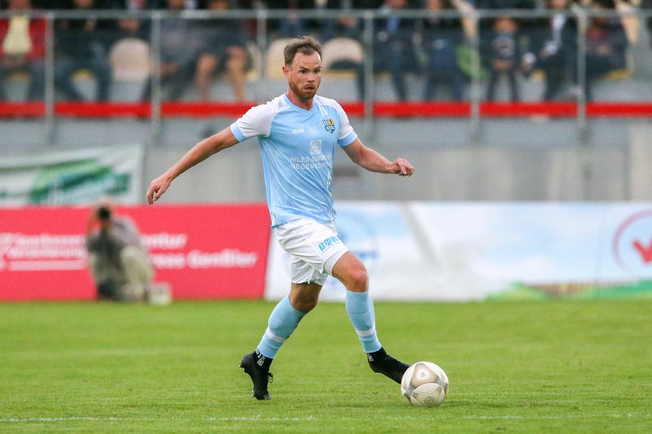 CFC-Kapitän Tobias Müller (28) fällt wohl für mehrere Tage aus. Er brach sich beim Match gegen Viktoria Berlin die Hand.