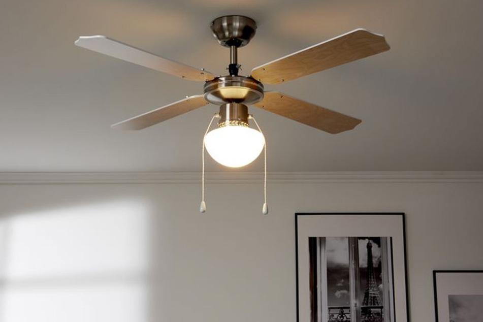 Für heiße Sommertage: LIDL verkauft Decken-Ventilator für nur 38,98 Euro
