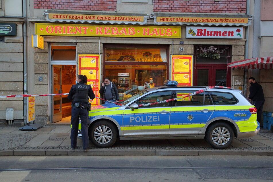 Die Polizei sicherte kurz nach der Tat das Orient-Kebab-Haus ab.