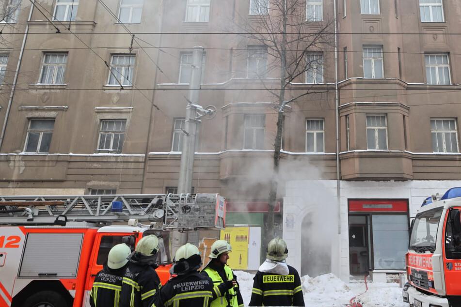 Leipzigs Feuerwehr rückte am Donnerstag zu einem Brand an der Gorkistraße aus.