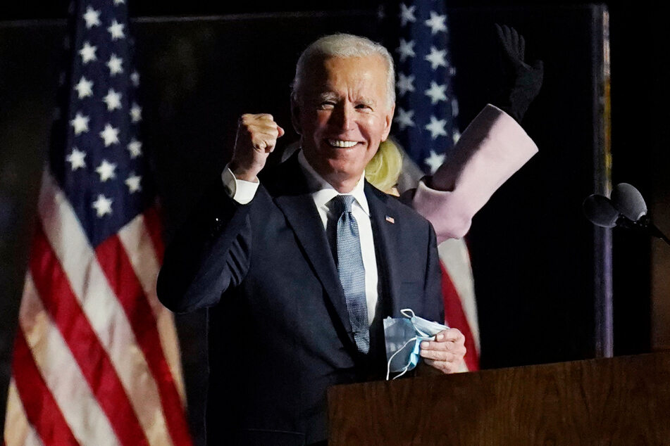 Joe Biden (77) fehlen aktuell nur noch 17 Wahlmänner zum Sieg.