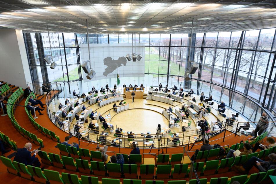 Im sächsischen Landtag wird am Donnerstag die Corona-Pandemie das Thema der Aktuellen Stunde sein.