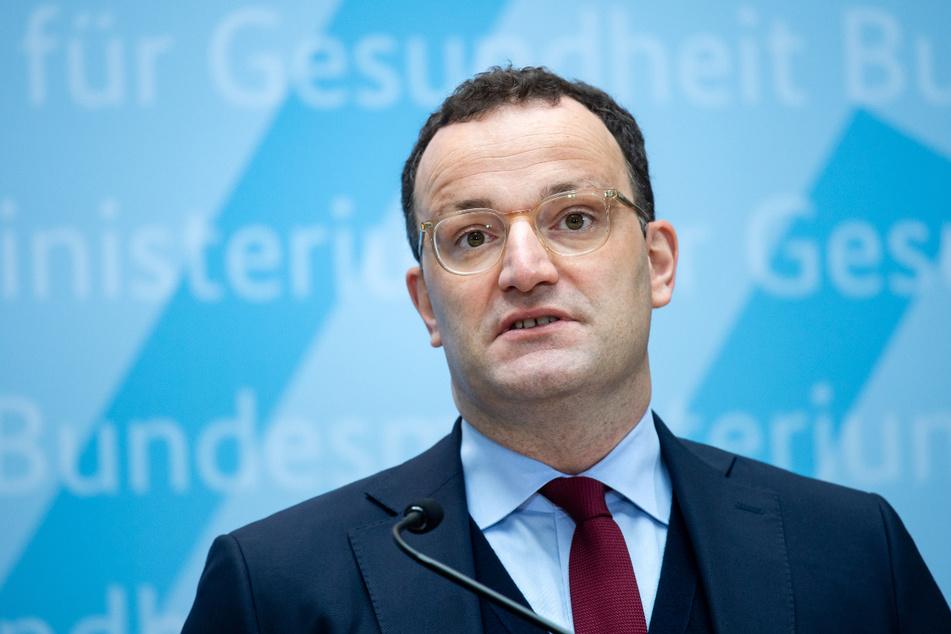 Bundesgesundheitsminister Jens Spahn (41, CDU) wollte eigentlich Impfdosen für Schüler reservieren.