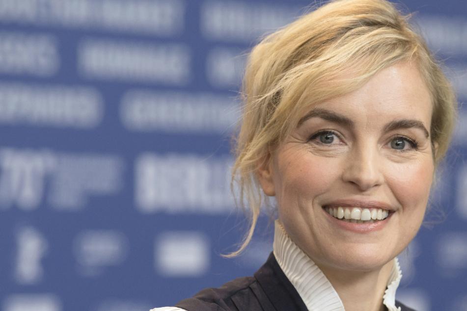 Nina Hoss wird mit Hannelore-Elsner-Schauspielpreis ausgezeichnet
