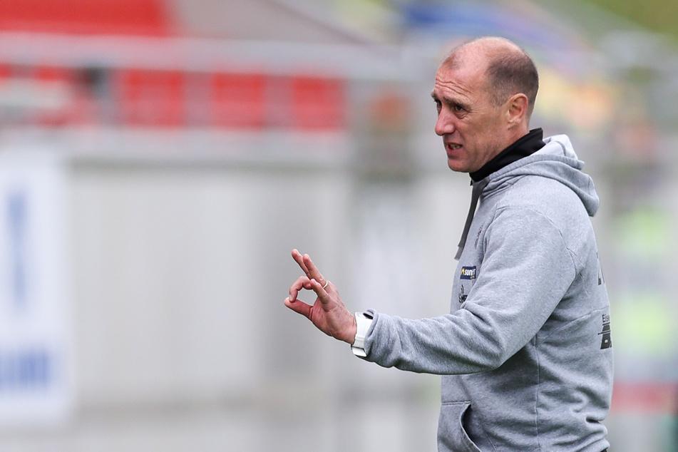 Joe Enochs, Trainer des FSV Zwickau. Ob ihm der Auftakt gegen Unterhaching recht ist?