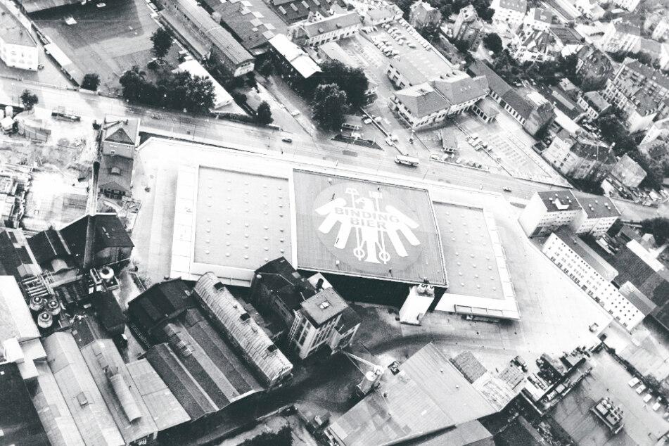 Das Gelände der Binding-Brauerei im Jahr 1957 mit dem neu gebauten Sudhaus.