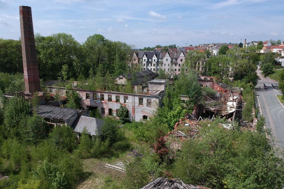 2019: Für die Stadt Werdau war die Brache der B+U Tuchfabrik am Platz der Solidarität ein Schandfleck aus Ziegeln und Stahl.