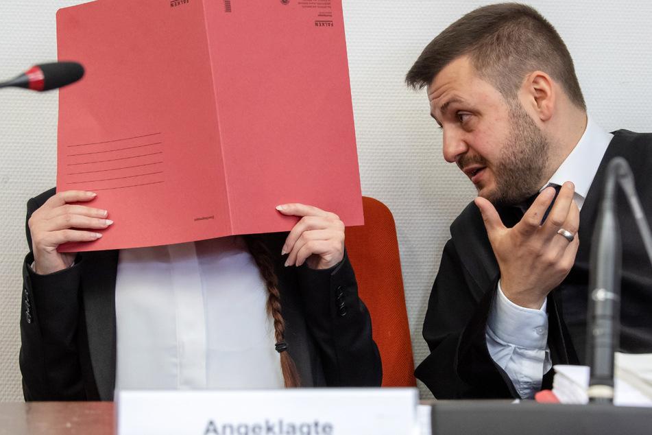 Mutmaßliche IS-Terroristin in München vor Gericht: Prozess auf Zielgeraden