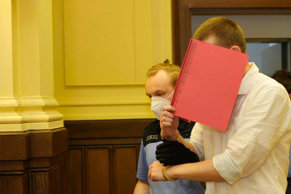 Das Urteil gegen Ekkehart J. (31, r.) wird am Freitagvormittag erwartet.