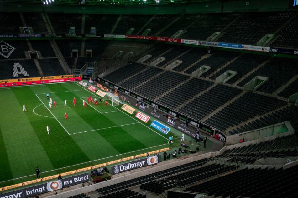 Bundesliga, Borussia Mönchengladbach - 1. FC Köln, 21. Spieltag im Borussia-Park. Das Spiel findet wegen des Coronavirus ohne Zuschauer als Geisterspiel statt.