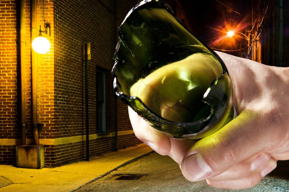 Der Angreifer nutze bei seiner Attacke eine zerbrochene Glasflasche als Waffe (Symbolbild).