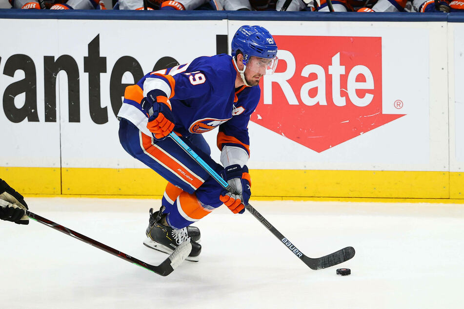 Islanders center Brock Nelson scored two goals to help the Isles eliminate the Bruins in game six on Wednesday night