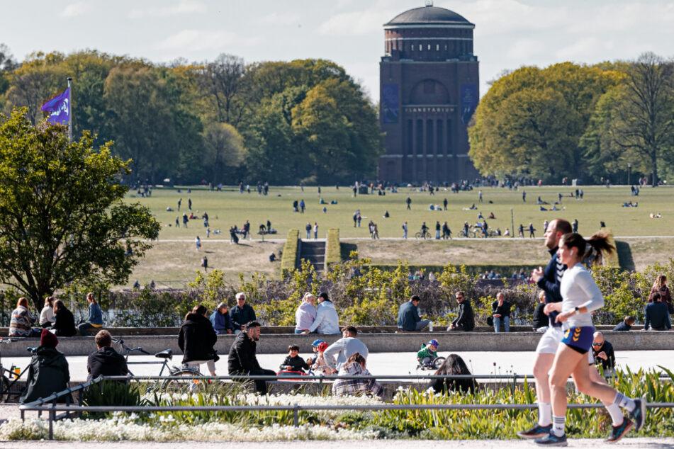 Die Tat ereignete sich am Rande der Festwiese im Hamburger Stadtpark.