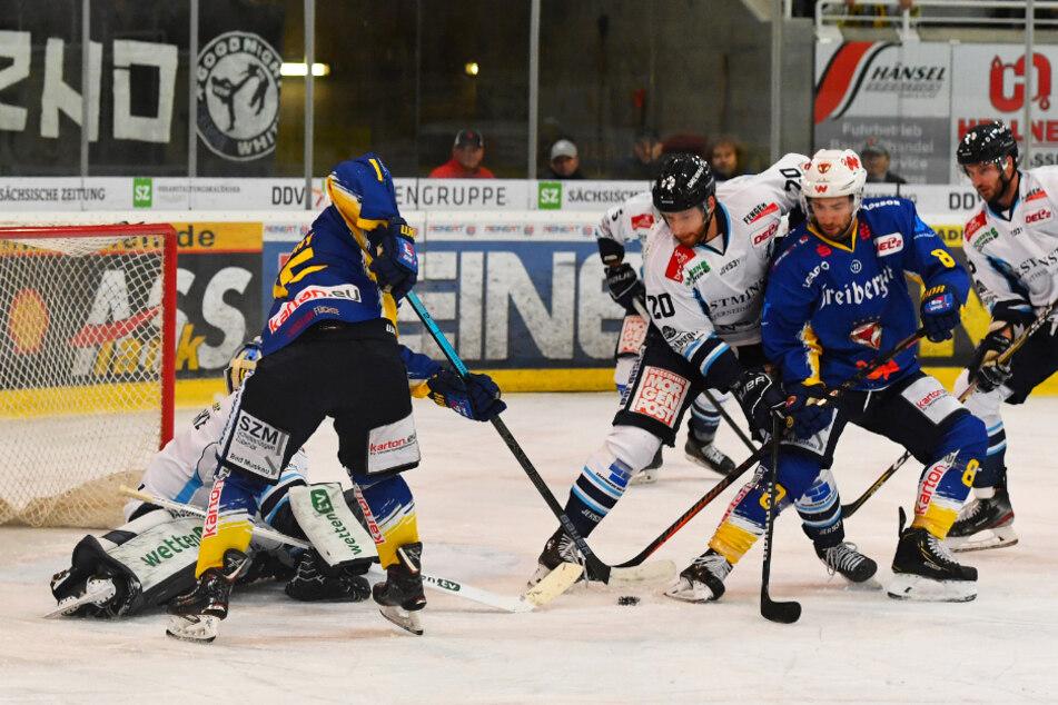Dresdner Eislöwen gegen die Lausitzer Füchse - schon am zweiten Spieltag der neuen Saison, am 8. November (17 Uhr), ist Derbytime in der DEL 2 angesagt.