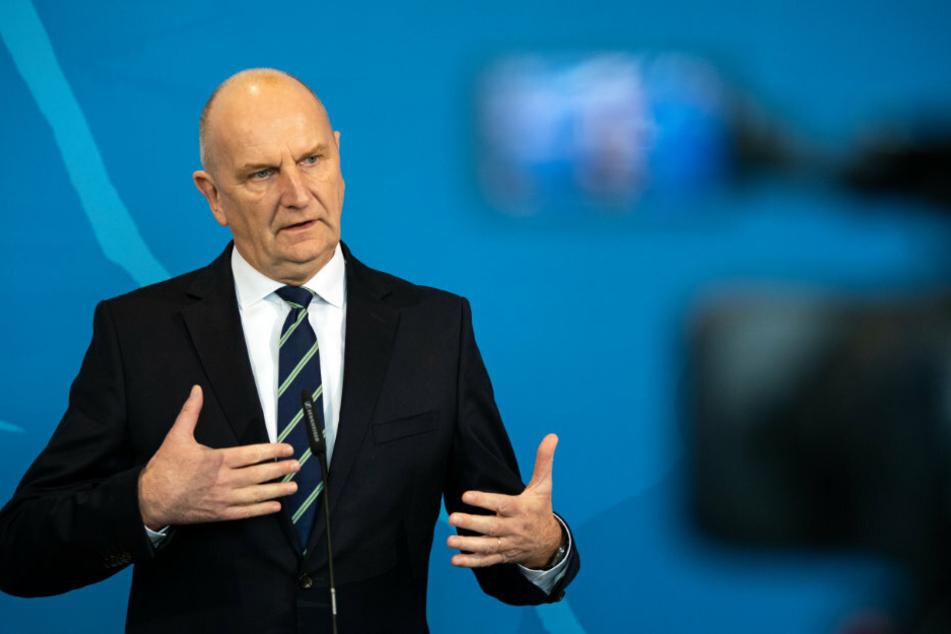 Dietmar Woidke (SPD), Ministerpräsident von Brandenburg, gibt ein Statement zur aktuellen Lage.