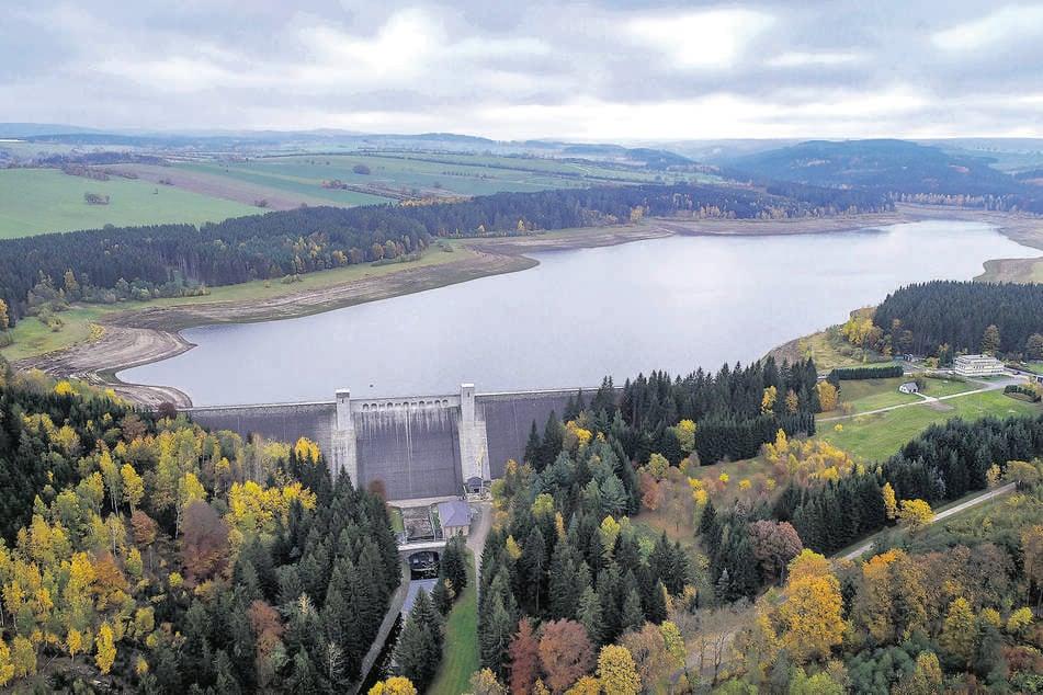Talsperre Lehnmühle: Aufgetauchtes Dorf wieder in den Fluten versunken!