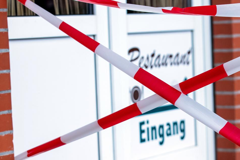 """""""Wut und Verzweiflung wachsen"""": Restaurants wollen wieder öffnen"""