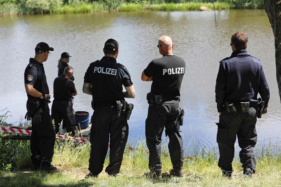 Leiche am Haken? Angler löst größeren Einsatz aus, Polizei sucht nach Totem!