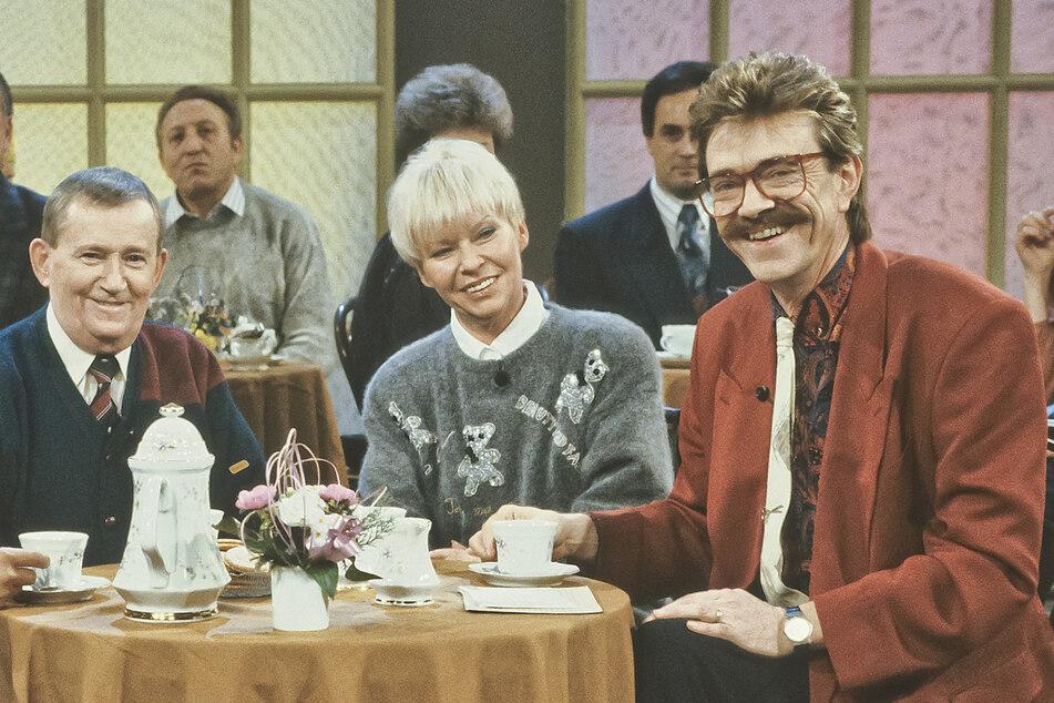 """Profi in seinem Fach: 1991 moderierte Juergen Schulz (†76) auch die DFF-Sendung """"Kaffeeklatsch""""."""