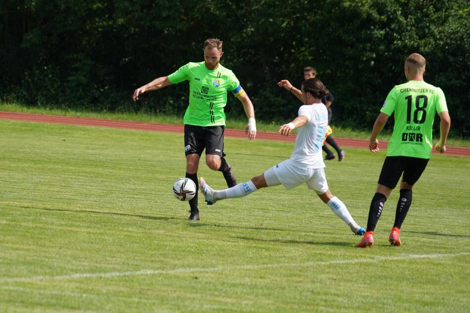 Die Mannschaft um Kapitän Tobias Müller (l.) präsentierte sich am Sonnabend bei Viktoria Berlin in guter Form. Die Saison kann beginnen!