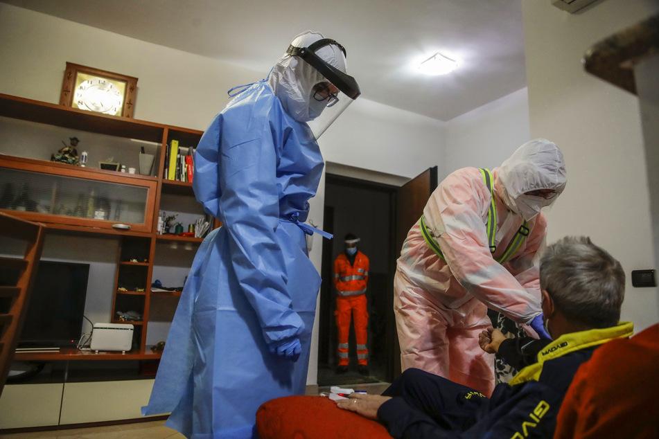 Coronavirus: Erneut über 800 Covid-Tote in Italien an einem Tag