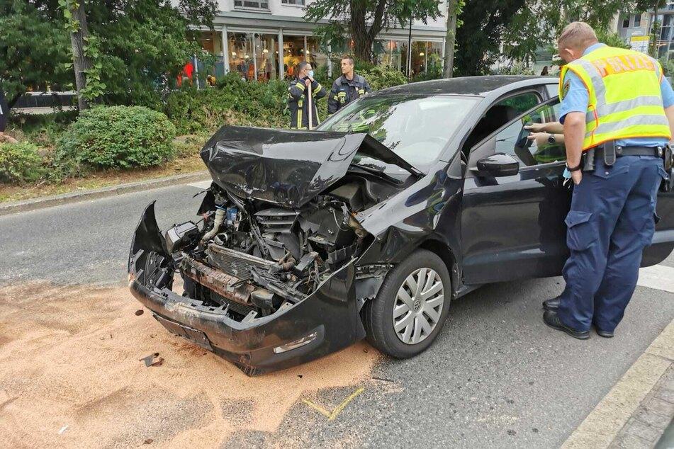 Bei einem Unfall auf dem Leipziger Georgiring ist eine Person verletzt worden.
