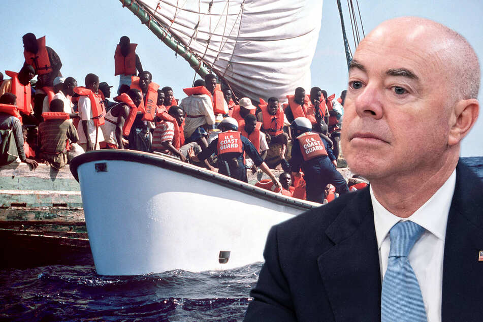 """""""You will not come"""": Homeland Security Secretary Mayorkas sends clear message to Cuban and Haitian migrants"""