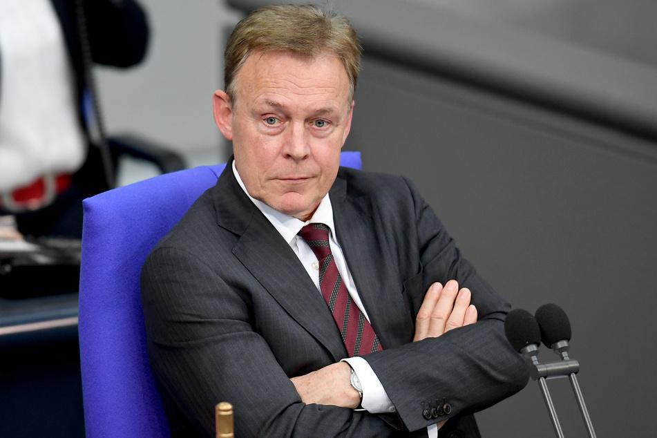 Der SPD-Politiker war bei TV-Arbeiten mit dem ZDF zusammengebrochen.