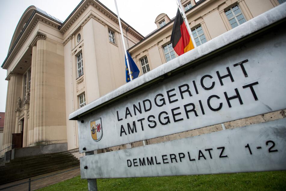 Das Landgericht hat 13 Verhandlungstage für den Prozess angesetzt. (Archivbild)