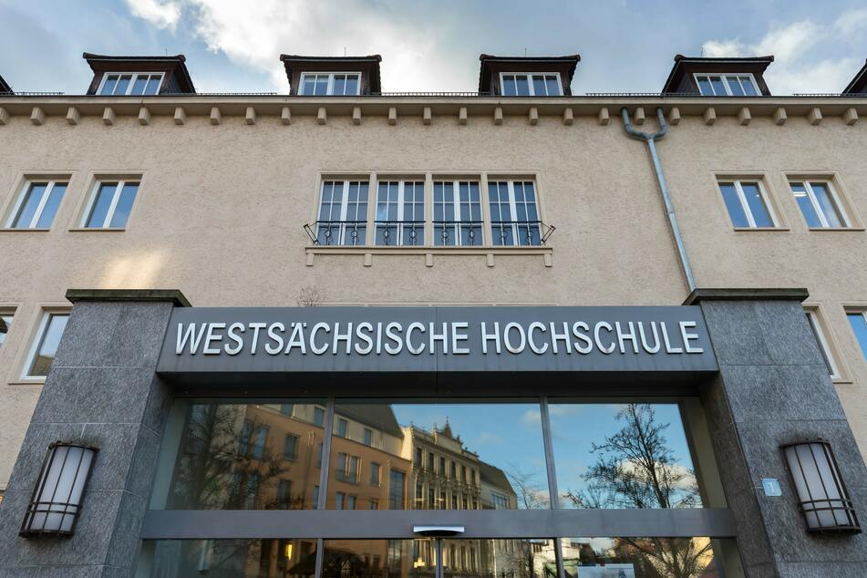 Bei der Westsächsischen Hochschule Zwickau können sich Studieninteressierte am Donnerstag mit Professoren und Mitarbeitern austauschen.