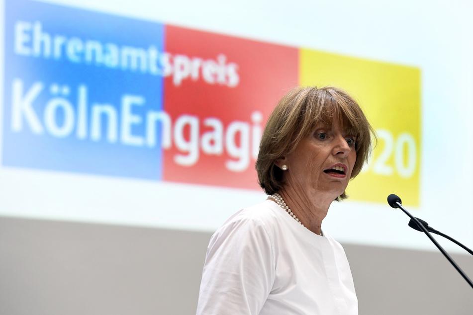 Kölns Oberbürgermeisterin Henriette Reker wieder unter Polizeischutz