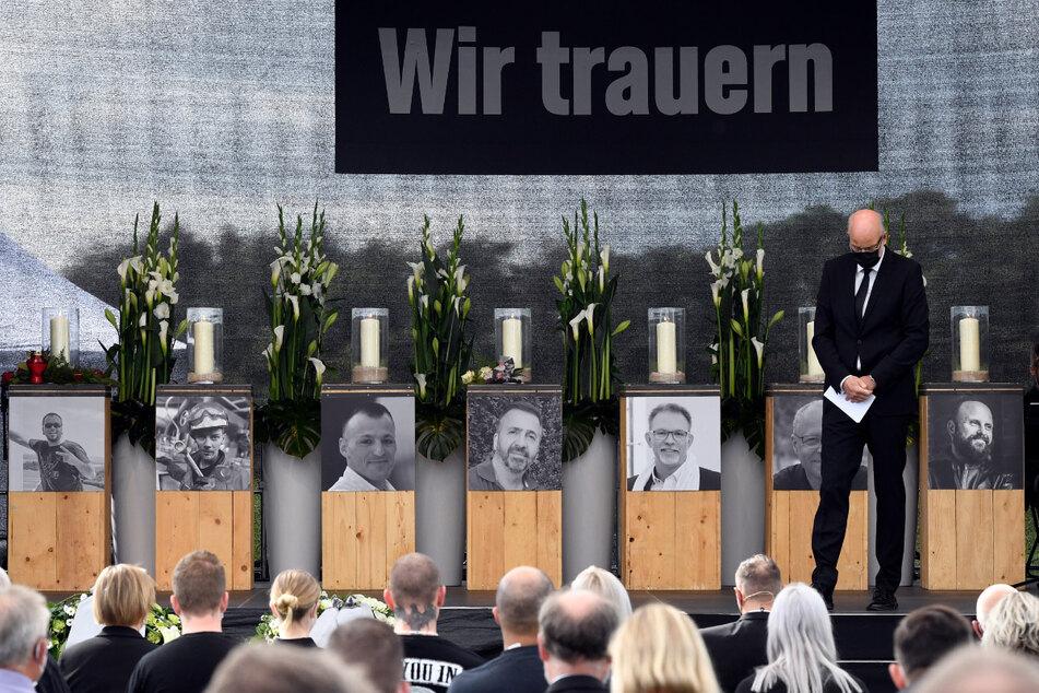 Köln: Müll-Explosion in Leverkusen: Bewegende Gedenkfeier für die sieben Opfer