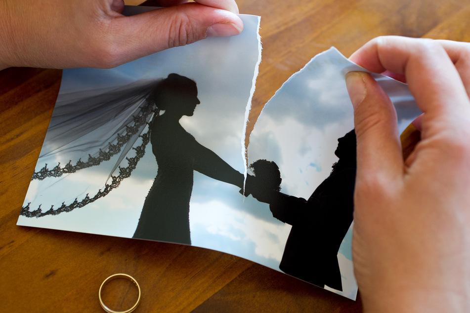 So schlecht kommen Frauen bei der Scheidung weg!