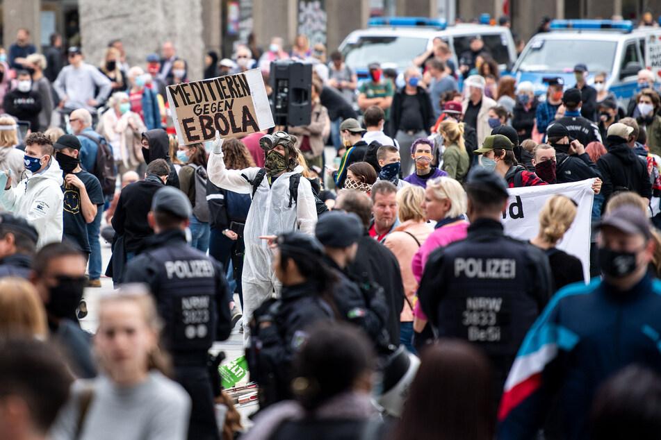 In Köln ist zum 11.11. eine Demo gegen die Corona-Maßnahmen angekündigt. (Archivfoto)