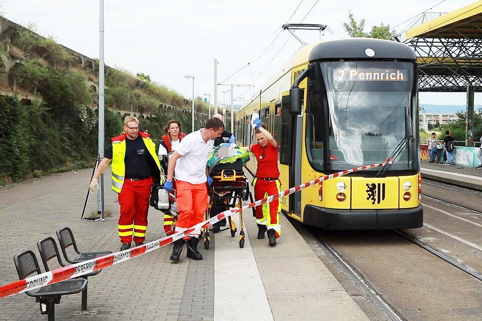 Im Juni 2018 erfasste die Linie 7 den Rentner im Gleisbett in Gorbitz. Jetzt kam der Unfall vor Gericht. (Archivbild)