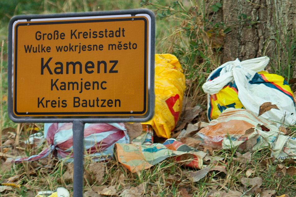 Kamenzer Rathaus vor Dilemma: Was bringen Papierkörbe im Wald?