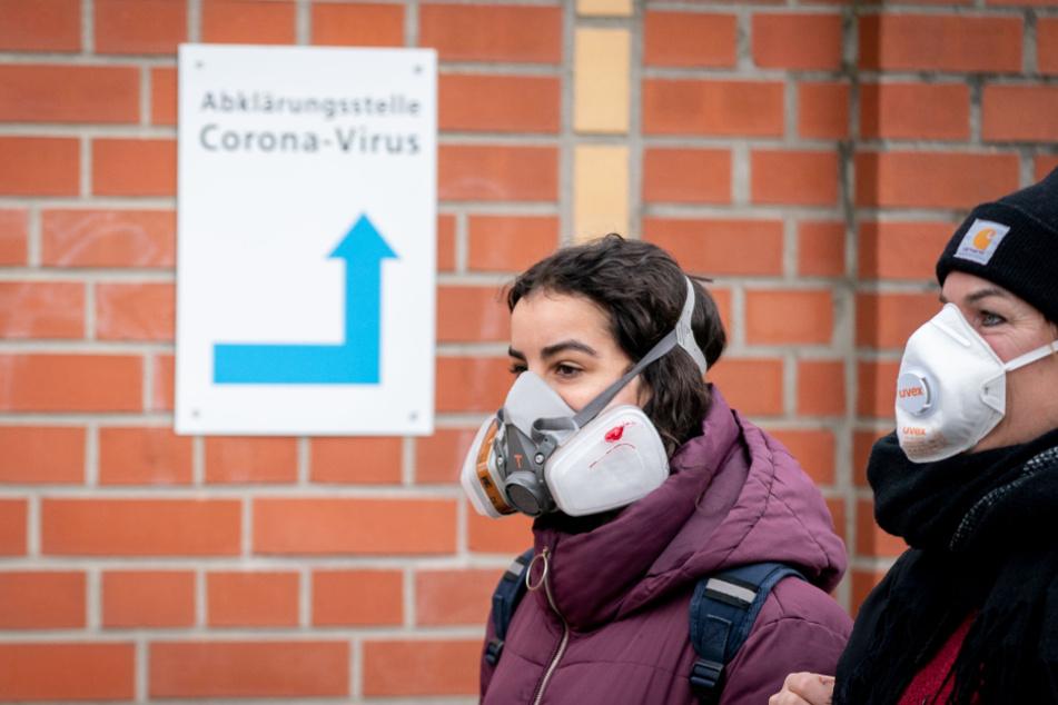 Aufruf: Handwerker sollen Schutzmasken an Pflege abgeben