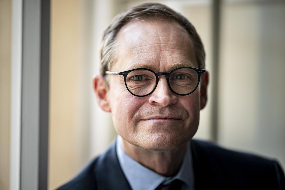 Michael Müller (56, SPD) plädiert für den Impfstoff von Astrazeneca.