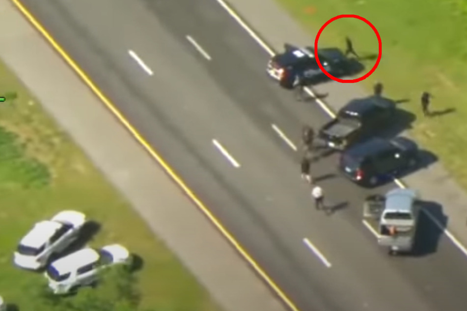 Polizei kann Mann in geklautem Streifenwagen nicht fassen, dann klaut er weiteren!