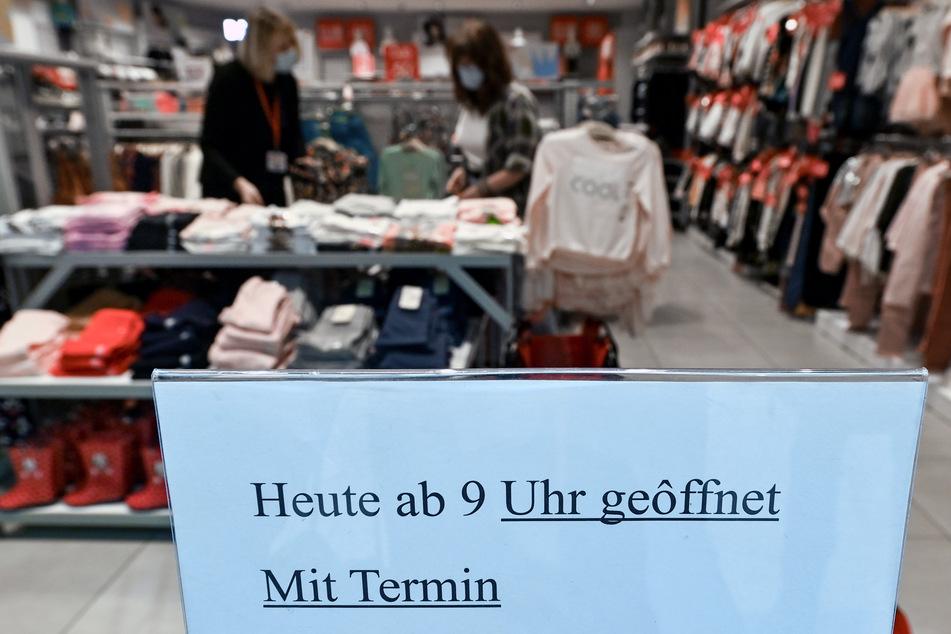95 Prozent der NRW-Händler wollen laut Umfrage Termin-Shopping anbieten