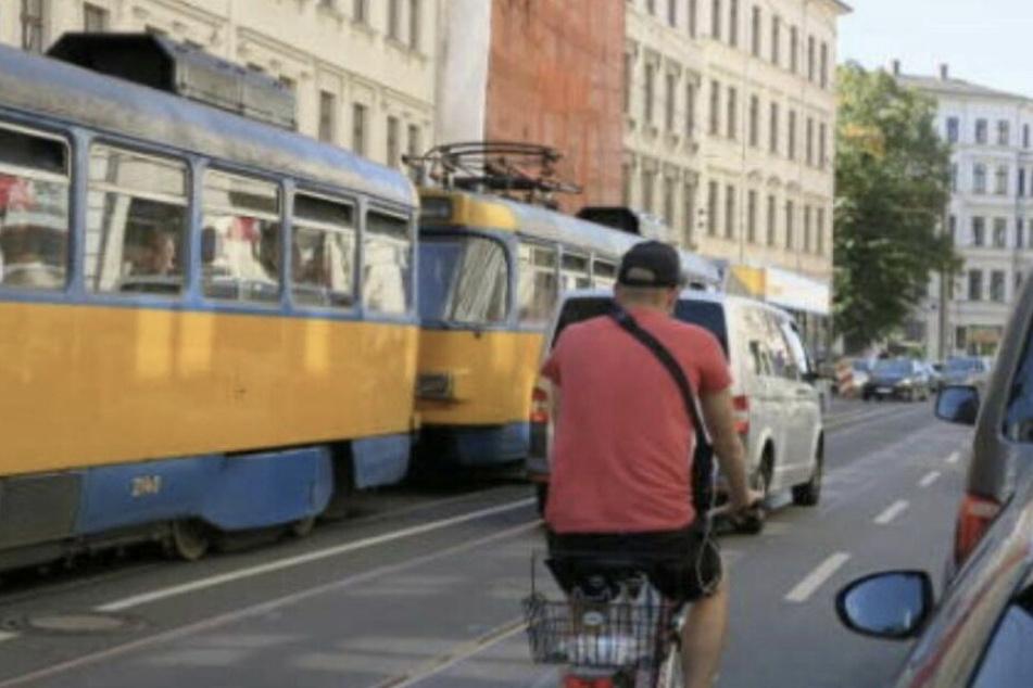 Temporärer Radweg: Stadt entschärft Unfall-Schwerpunkt Jahnallee